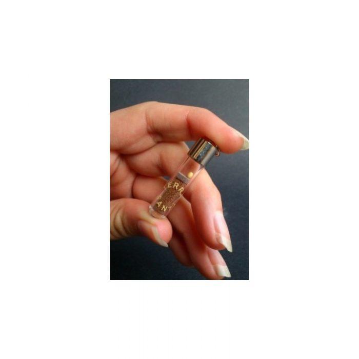 Tierra de Jerusalén y una semilla de mostaza en tubo de cristal-118
