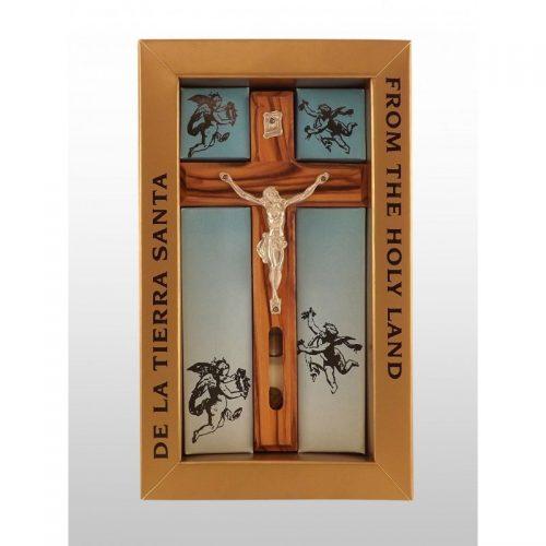 Crucifijo pequeño fondo color cielo, hecho a mano de madera de olivo con agua y tierra-365