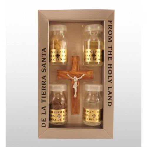 Crucifijo hecha de madera de olivo con 4 esencias de Tierra Santa-367