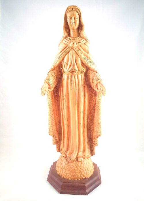 Virgen Maria, hecho de madera de olivo
